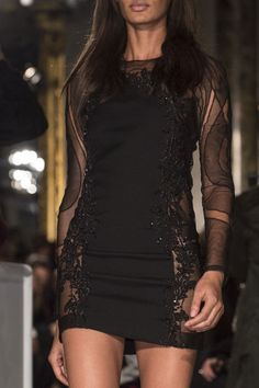 Emilio Pucci Fall 2013 - Details what a sexy dress!!!