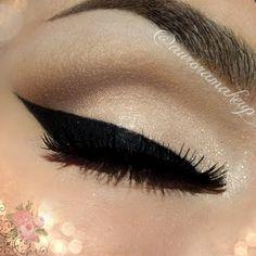 Bridal Bold Eyeliner by MaquillateconAurora G