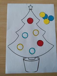 Sorteren volgens kleur: kleef de kerstbal op de juiste plaats *liestr*