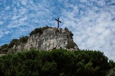 "Photo ""cliffthecrucifix"" by IsabelPing"
