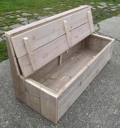 45 Best DIY Outdoor Bench Ideas for Seating in The Garden – HomeBestIdea - New ideas Balcony Chairs, Balcony Furniture, Diy Outdoor Furniture, Garden Furniture, Diy Furniture, Outdoor Decor, Rattan Furniture, Patio Seating, Garden Seating