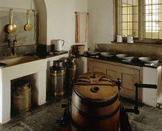 Vista de la habitación del Lavadero Dairy que muestra el equipo utilizado para la fabricación de productos lácteos