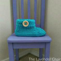 Chunky Buttoned Slippers Crochet Pattern - The Lavender Chair