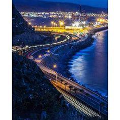 Buenas noches amigos! Aventura por janelov3 #night #landscape #city #beautiful