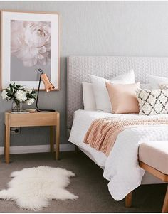 Bedroom design ideas,bedroom decor ideas,grey and pink bedroom Home Decor Apartment bedroom gray and gold bedroom grey and rose gold bedr. Small Apartment Bedrooms, Apartment Bedroom Decor, Bedroom Furniture, Bedroom Décor, Bedroom Lamps, Bedroom Colors, Small Rooms, Bedroom Chandeliers, Girl Bedrooms