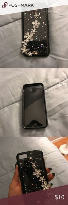 iPhone 7/8 case Fits 7&8 like new used only a couple of times. Other