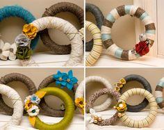 diy yarn wreath, easier than you'd think!