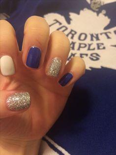 Toronto maple leafs nails nail art go leafs go! Colorful Nail Designs, Nail Art Designs, Hockey Nails, Fun Nails, Pretty Nails, Engagement Nails, Best Acrylic Nails, Toronto Maple Leafs, Dream Nails