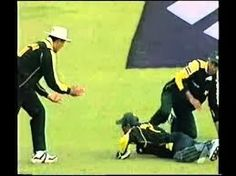 Watch Latest Video, Games and Pictures Online : Watch What a Brilliant Catch By Rashid Latif online
