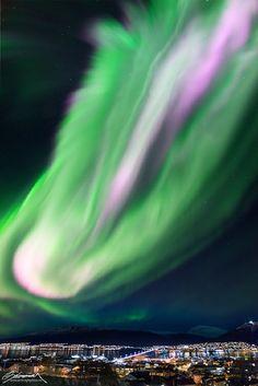 Massive Auroras Ole Salomonsen on October 9, 2015 @ Tromsø, Norway