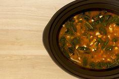 Potaje_garbanzos_vigilia_crockpot_1 Slow Cooker Recipes, Crockpot Recipes, Recetas Crock Pot, Seaweed Salad, Palak Paneer, Curry, Food And Drink, Soup, Yummy Food