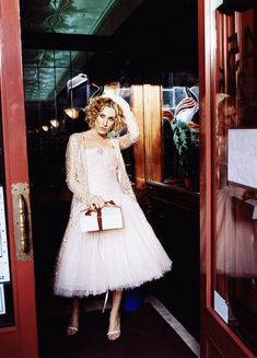 """Sarah Jessica Parker Says Her New Movie Turns Carrie Bradshaw's NYC into Something """"Aggressive and Disappointing"""" Carrie Bradshaw Estilo, Carrie Bradshaw Outfits, Sarah Jessica Parker, City Outfits, Looks Chic, Nyc, Love Her Style, City Style, Serena Van Der Woodsen"""
