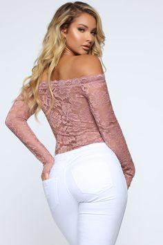 Womens Style Discover Step Off Mid Rise Flare Jeans - White Fashion Nova Look Body Style Feminin New Years Eve Outfits Romantic Lace Fashion Nova Models Sexy Jeans Lace Bodysuit Girls Jeans Fashion Outfits Superenge Jeans, Sexy Jeans, Look Body, New Years Eve Outfits, Romantic Lace, Fashion Nova Models, Bustier, Lace Bodysuit, Girls Jeans