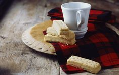 The Quintessential Scottish Festive Treat - Buttery Shortbread Shortbread Recipes, Cookie Recipes, Dessert Recipes, Bar Recipes, Recipies, Dinner Recipes, Scottish Recipes, Scottish Desserts, British Recipes