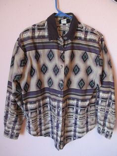 421360ba3fd3 VTG 90 s Womens Southwestern Button Down Shirt (S)