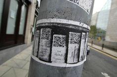 Digital library on New York City street ! Le dispositif est beau en plus, vous ne trouvez pas ? #QRcode