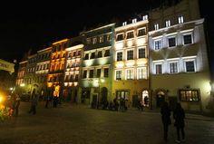 Muzeum Historyczne Warszawy nocą