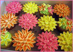 lotus flower cupcakes - Google Search