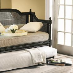 daybed w/ trundle for loft area