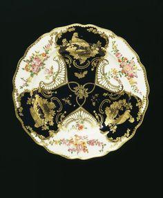 Dessert plate - Chelsea Porcelain factory, 1759-69, Soft-paste porcelain, painted in enamels and gilt