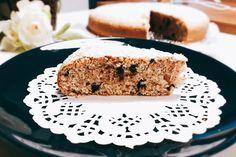La torta di albumi e gocce di cioccolato Bimby è un dolce semplice e leggero, perfetto per tanti momenti della giornata. Ecco la ricetta e tanti consigli Krispie Treats, Rice Krispies, Biscotti, Tiramisu, Ethnic Recipes, Desserts, Food, Tailgate Desserts, Deserts