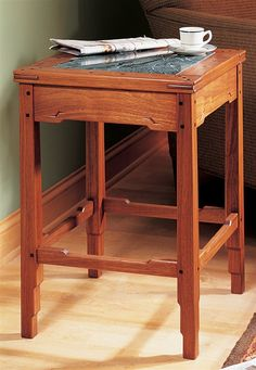 Greene and Greene-Style Side Table - Woodworking Projects - American Woodworker
