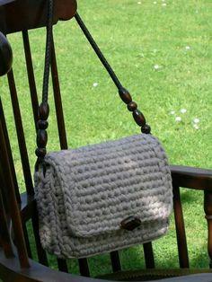 Fabric T Shirt Old Fabric Yarn http://www.aliexpress.com/store/1687168   B&B bandolera blanca