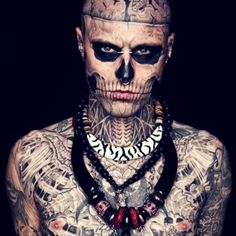 ☮✿★ TATTOO ✝☯★☮ What an Alien do he really think's That he is attractief with these freaky tattoos in his face