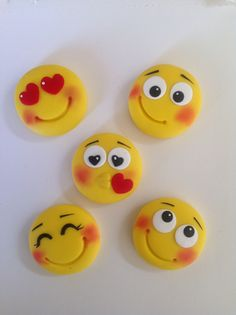 Cute Polymer Clay, Cute Clay, Polymer Clay Projects, Polymer Clay Charms, Polymer Clay Creations, Diy Clay, Polymer Clay Jewelry, Clay Crafts, Crea Fimo