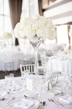 Toronto Wedding in White & Mint | Cristina and Ricardo's  wedding is simply stunning! | Photography by: When He Found Her