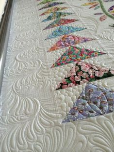 Awesome Longarm Quilting Tutorials #10 Hand Quilting Patterns, Machine Quilting Designs, Longarm Quilting, Free Motion Quilting, Quilting Tutorials, Quilting Ideas, Quilt Border, Quilt Designs, .