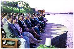 10 Casamento no campo ao ar livre no lago durante o dia convidados a beira do lago blog de noivas