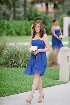 Blue Bridesmaid Dresses! This outfit with calla lillies...yes!