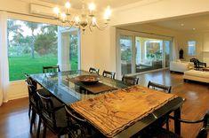 Clariá & Clariá Arquitectos - Casa 10 - Portal de Arquitectos Kitchen Island, Conference Room, Table, Design, Furniture, Home Decor, Ideas, Moldings, Landscaping