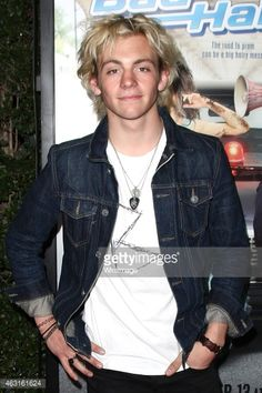 ross lynch at bad hair day premire | Ross Lynch attends the Disney Channel Original Movie 'Bad Hair Day ...