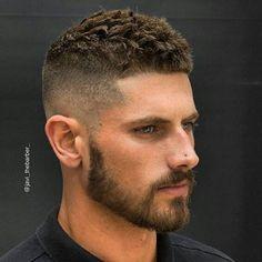 Corte de cabelo top, assinado pelo espanhol @javi_thebarber_ . Modelo: @antonio.j.j.g #homemnoespelho #masculino #guy #guys #barbeiro #barbearia #cabeleireiromasculino #cabeleireiro #menshairstyles #hairstyles #malehair #hairstylesformen #salaomasculino #internationalbarbers #cabelomasculino #estilo #barbeiro #barbearia #instafashion #instamoda #cabelo2016