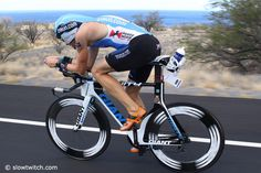 /by Slowtwitch.com #ironman #kona #triathlon #bicycle #GIANT