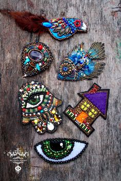 Blue fish bead embroidery brooch shipping included in price #bordados