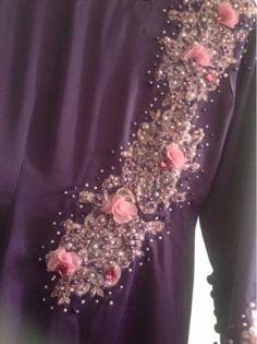 Rhythm of Erotas: Beadswork ala baju Sheera Ayob! Pearl Cream, Modest Wedding Dresses, Sequin Skirt, Sequins, Pearls, Skirts, Bead, Inspiration, Collection