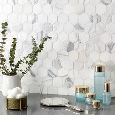 Whether you're in search of white subway tile for your backsplash, or white marble tile for your floor, browse our entire collection of white tiles here. Kitchen Tiles, Kitchen Flooring, Kitchen Countertops, Kitchen Decor, Gray Kitchen Backsplash, Kitchen Faucets, Kitchen Cupboard, Kitchen Layout, Kitchen Cabinets