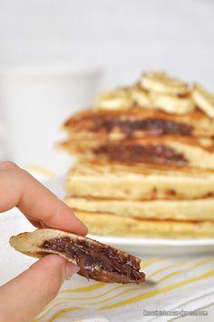 Pancakes με κρυφή γέμιση πραλίνας φουντουκιού/Nutella stuffed pancakes Nutella Pancakes, Banana Pancakes, Waffles, Breakfast Time, Recipe Box, Chocolate Cake, Sweet Tooth, Brunch, Yummy Food
