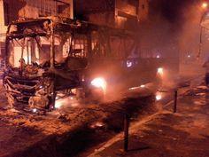 #LEIAMAIS  WWW.OBSERVADORINDEPENDENTE.COM SALVADOR: Grupo ateia fogo em ônibus no fim de linha do Vale das Pedrinhas