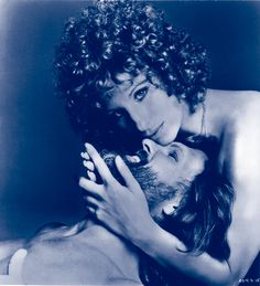 Barbra Streisand & Kris Kristofferson in A Star Is Born. Big hit for Barbra! photo by Francesco Scavullo Marlon Brando, Susan Sarandon, Jack Nicholson, Jane Birkin, Classic Hollywood, Old Hollywood, Rock And Roll, Kris Kristofferson, Don Juan
