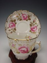 Vintage English Coalport China Red/Pink Rose COA4 Gilt Gold Leaves Vintage China, Vintage Tea, Vintage Kitchen, Cold Brew Coffee Maker, Antique Tea Cups, Tea Strainer, How To Make Tea, China Patterns, Tea Cup Saucer