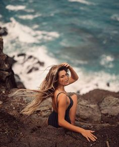 Improving Your Photography – Tips To Get Better Pictures! Beach Photography Poses, Beach Poses, Beach Shoot, Summer Photography, Beach Portraits, Summer Pictures, Beach Pictures, Shotting Photo, Photo Portrait
