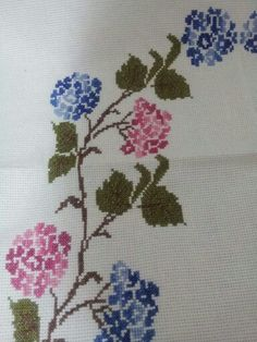 This Pin was discovered by Gul Cross Stitch Embroidery, Hand Embroidery, Cross Stitch Patterns, Baby Girl Dresses Diy, Prayer Rug, Cross Stitch Flowers, Needlepoint, Needlework, Diy And Crafts