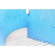 The steps - http://ift.tt/1T5JTv5 #minimalzine #noicemag #fdicct #archivecollectivemag #rentalmag #lekkerzine #subjectivelyobjective #minimalmood #thisveryinstant #oftheafternoon  #thentherewasus #minimalism #myfeatureshoot #heylovlab @mrneilmason #mrneilmason #motherlondon #minimalist #minimalism #archivecollectivemag #brettmagazine #phroommagazine #lasvegas #vagas #minimalist #creativereview #neilmasonphotography @archivecollectivemag #architecturephotography #neilmasonphotograpy