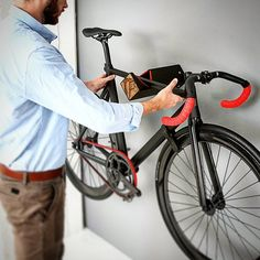 A great solution for bike storage in your livingroom. Testing the brandnew d-rack in action! # startup # d-rack Mountain Bike Shorts, Mountain Bicycle, Mountain Biking, Bike Holder, Bike Rack, Bike Shelf, Moutain Bike, Bicycle Storage, Racing Motorcycles