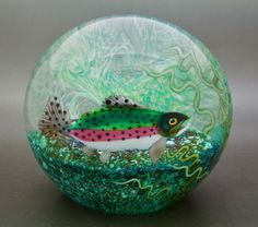 "ORIENT AND FLUME ALEXANDER Fish Aquarium Glass LT Ed Paperweight,Apr 4.5""Hx4.7""W 