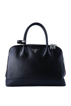 214 Best WEARING PRADA images  e159ecdcdd076